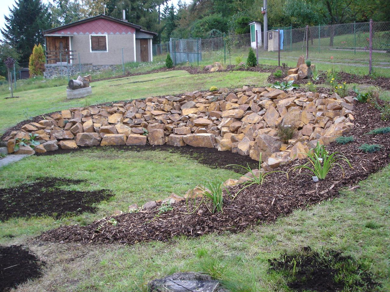 Zahrada ve svahu fotogalerie 61